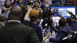 Brawl at Kansas/Kansas State basketball game spills into the stands