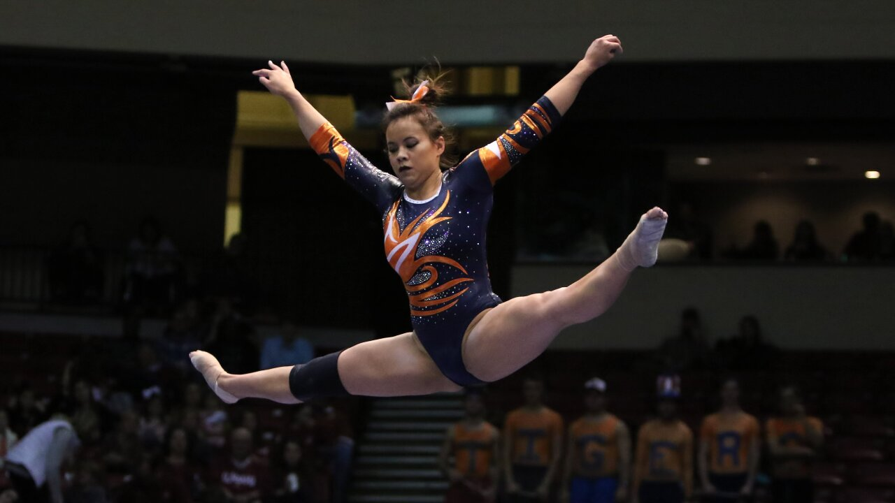 Auburn gymnast who dislocated knees now just hopes she can walk down the aisle in June