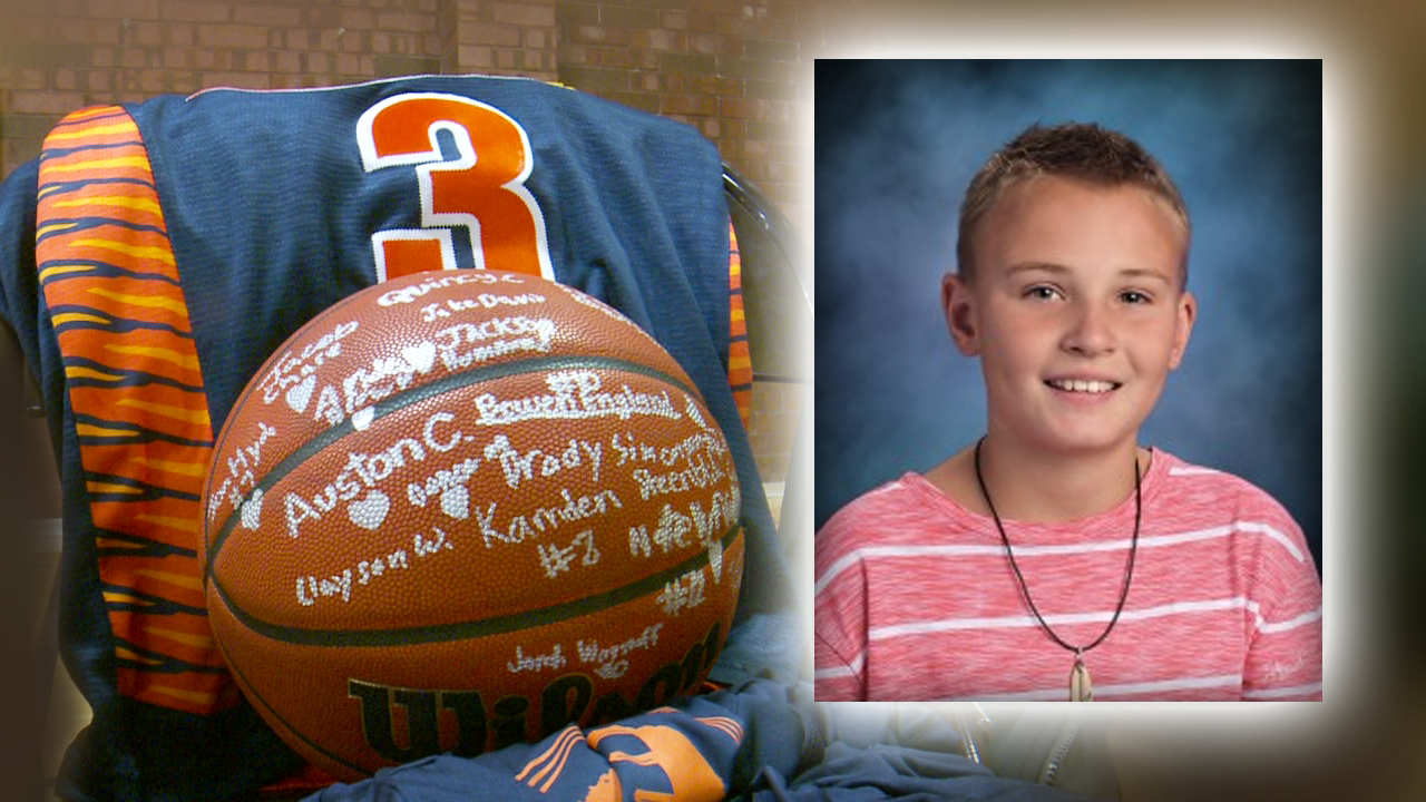 Team honors Sandy boy killed in snowmobiling crash during first game aftertragedy
