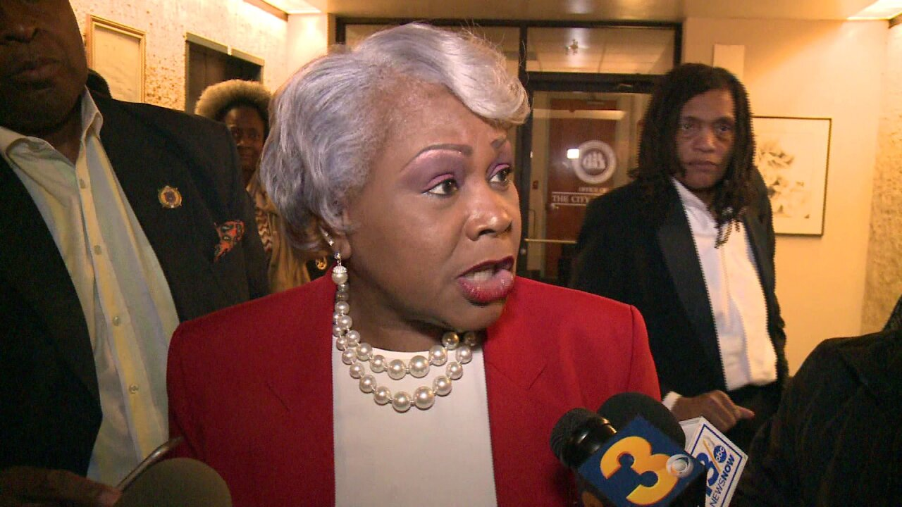 State Sen. Louise Lucas calls for Portsmouth City Council to vote no confidence in citymanager