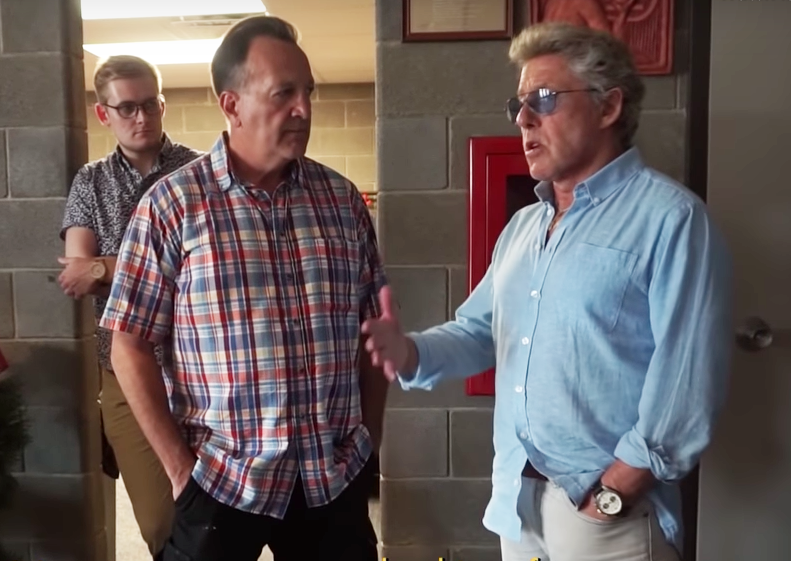 Roger Daltrey talks to Mike Simkin in Finneytown.png