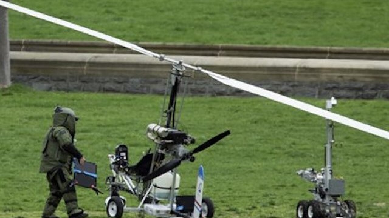 Prosecutors: Gyrocopter pilot nearly hit plane