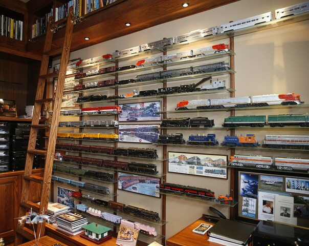P&G chemist builds a showplace with plenty of room for his trains