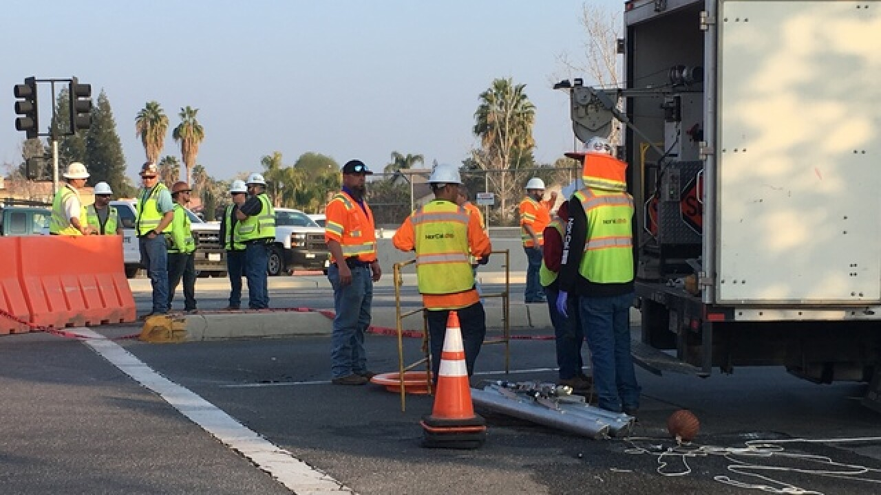 Sinkhole forces closure on southbound Ashe Road