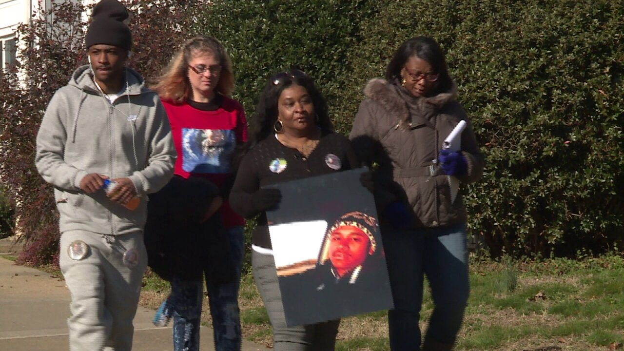 Richmond mom desperate for answers 2 years after son'smurder