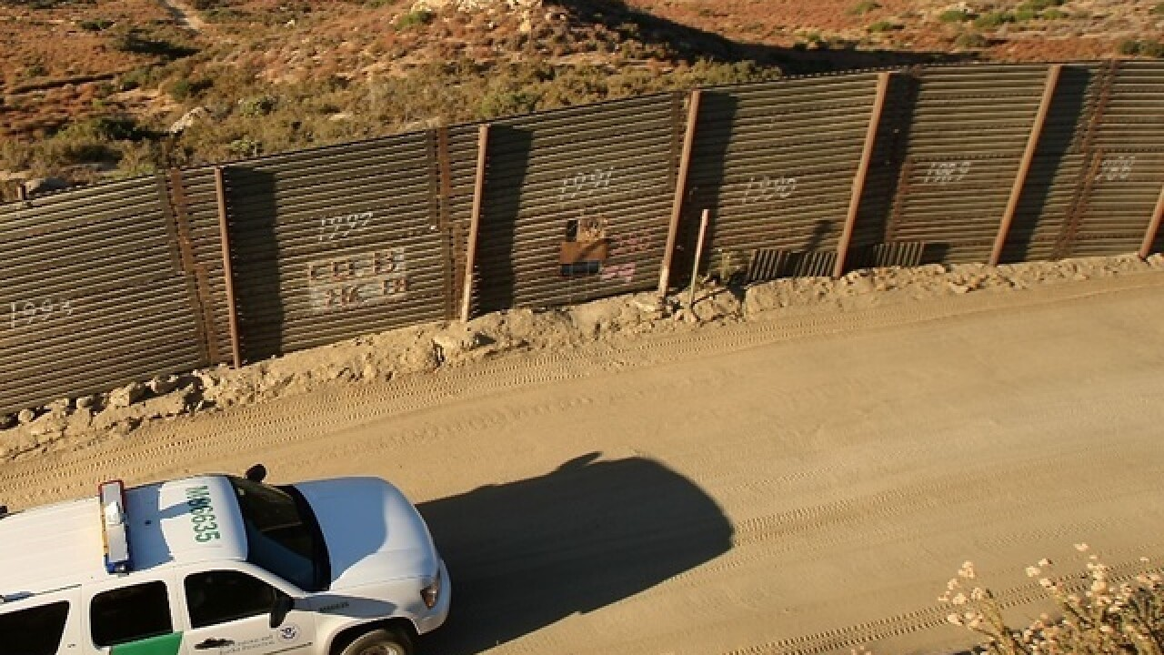 Border agents find 2nd large group of immigrants in Arizona
