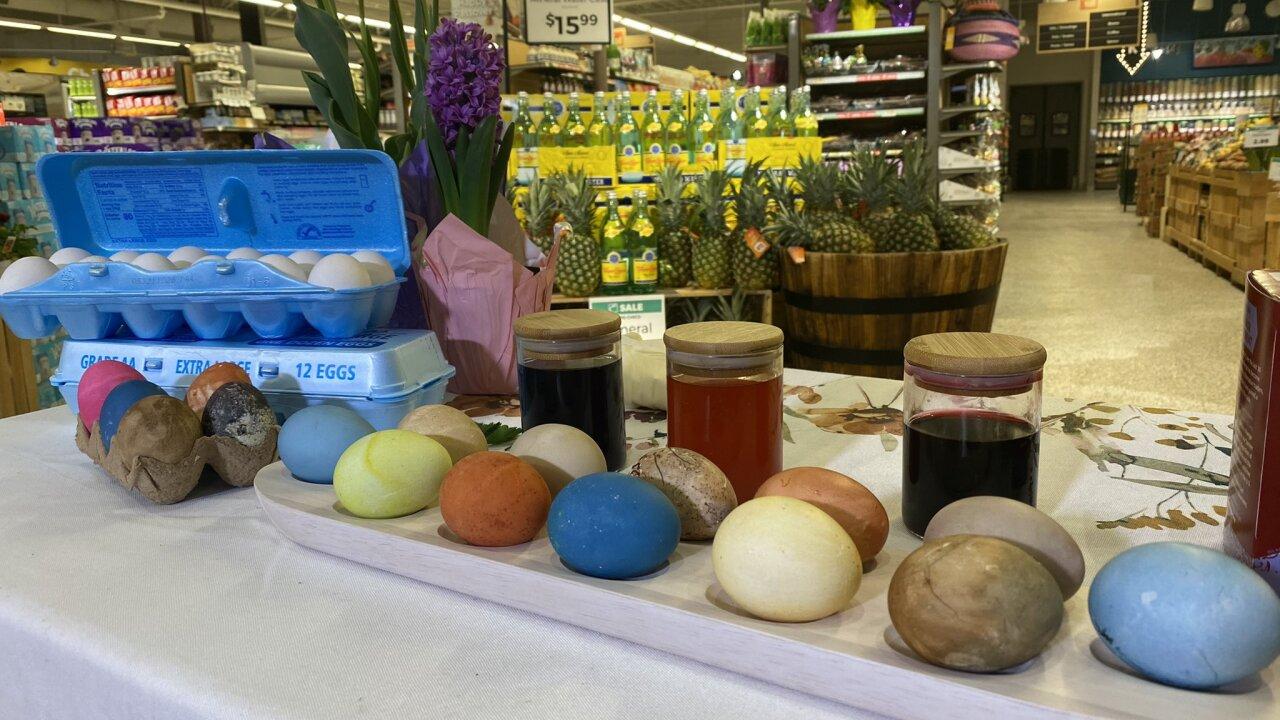 Lexington co-op shares natural ways to dye eggs