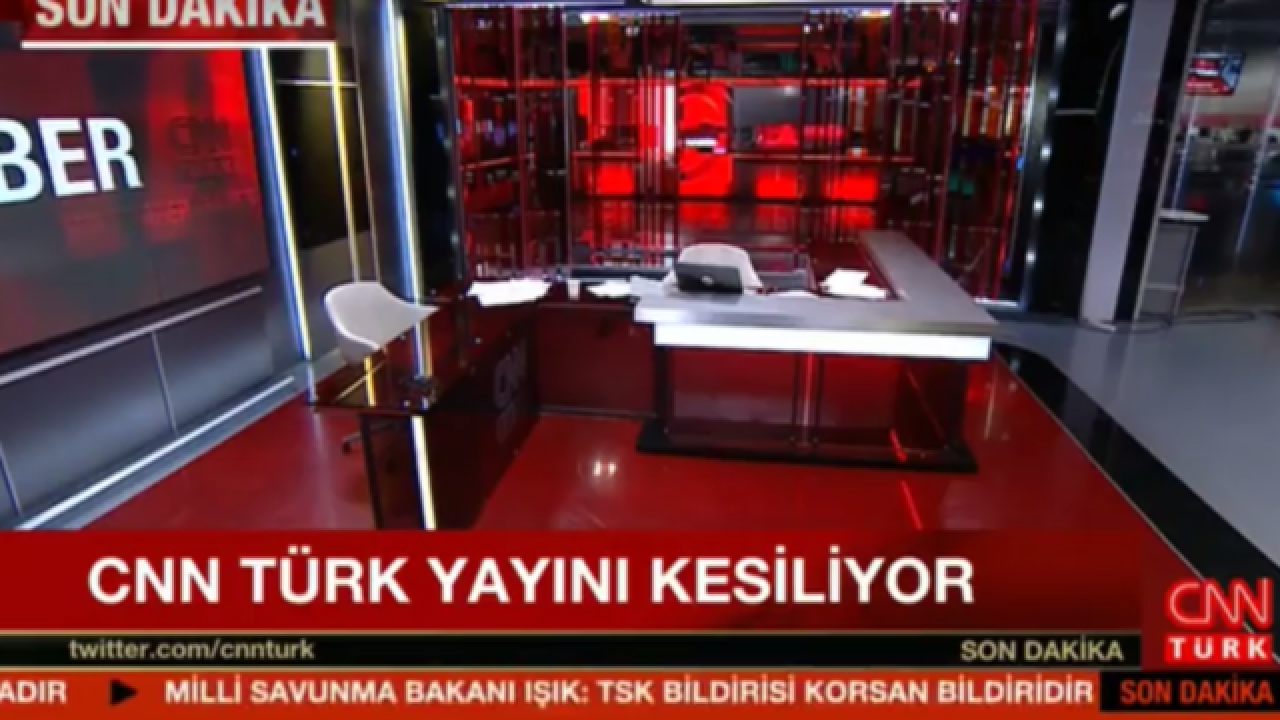 CNN Turk taken off the air by coup soldiers