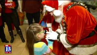Utah family with 20 children given surprise gifts on Christmas Eve by Fox 13's DreamTeam