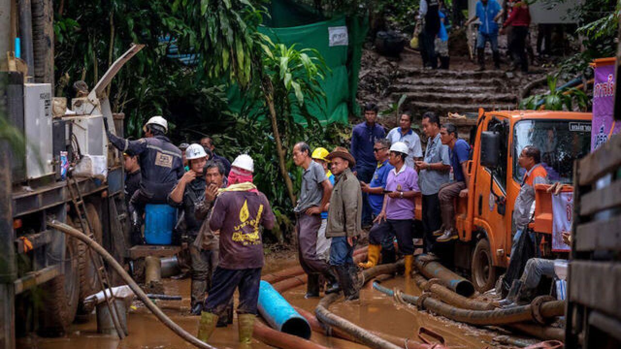 Thai cave rescue: Entire soccer team found alive
