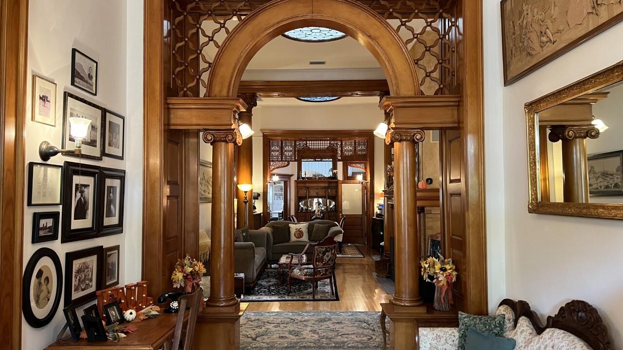 Blenman Inn interior
