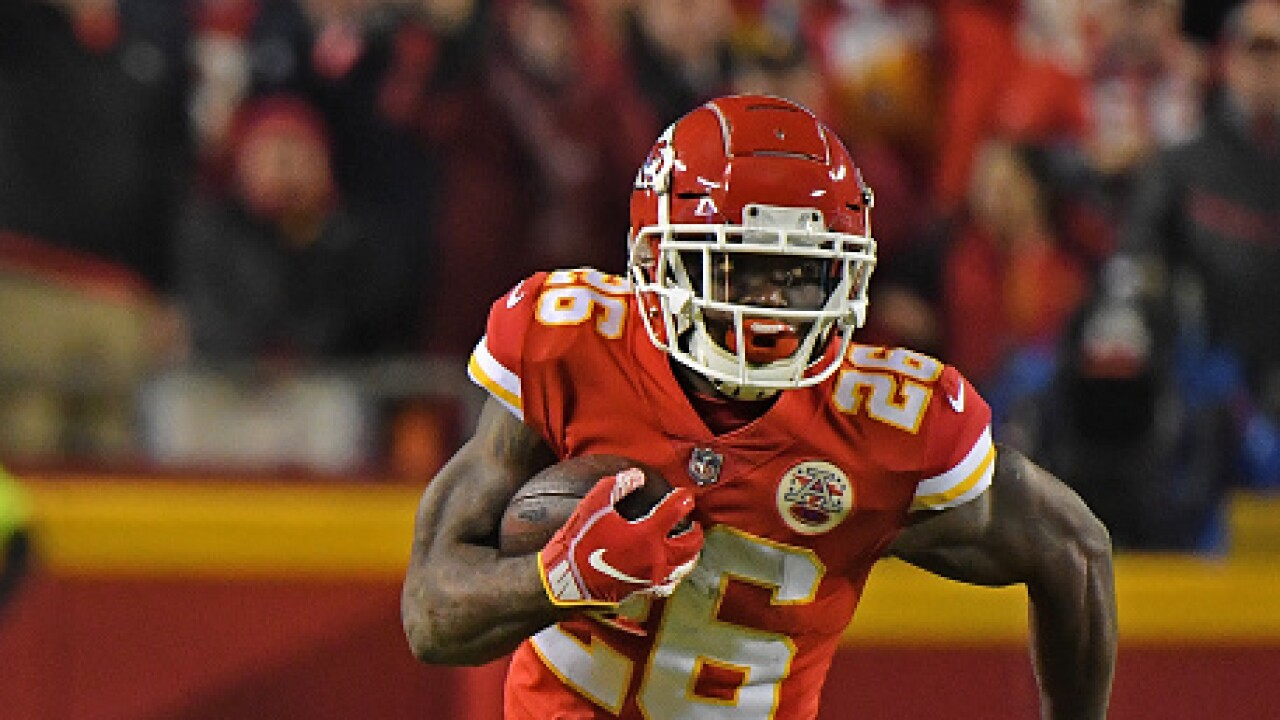 Damien Williams rushed for 49 yards and 2 touchdowns against the Chargers.