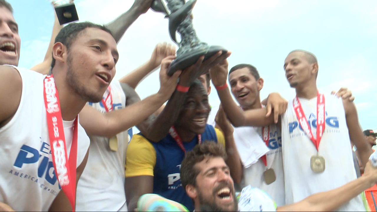 Team Pugg wins the U.S. Open at the North American Sand SoccerChampionships