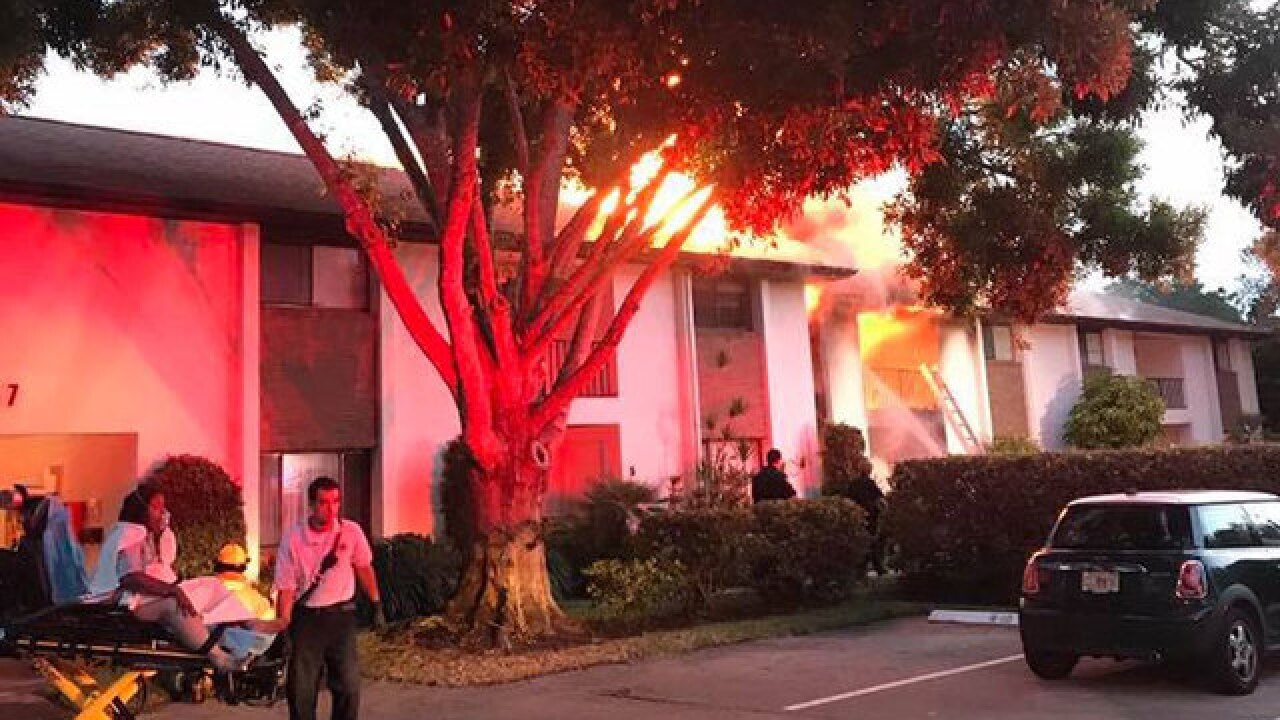 2 hospitalized, 20 displaced by Vero Beach fire
