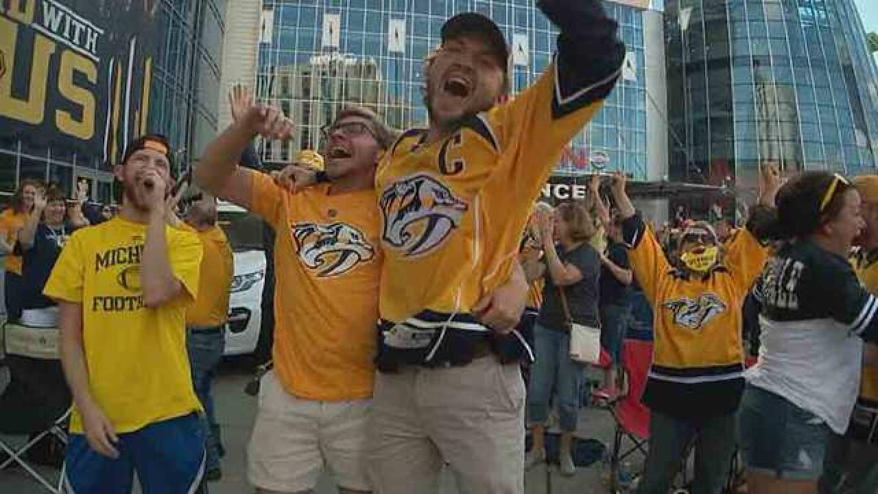Hockey Trying To Explain Preds Fans Phenomenon