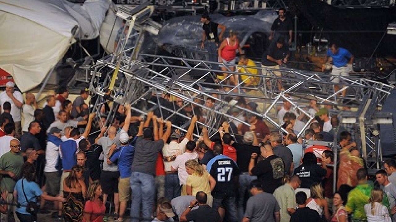 Sugarland's lead singer says band not responsible for Indiana stage collapse