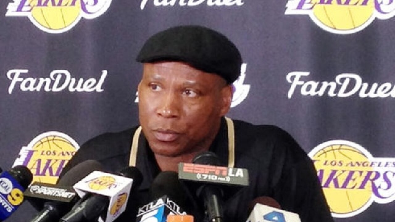 Report: Byron Scott won't return to coach Lakers