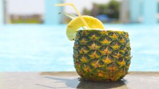 This Easy Cocktail Is The Official Pool Drink Of The Summer