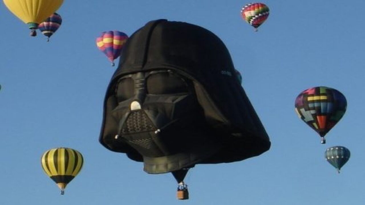 This Darth Vader Hot Air Balloon Took A Special Flight And It Was Totally Awesome