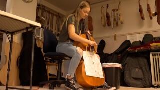 Allie Bullman cello