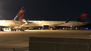 Delta flight makes emergency landing after rapidly descending nearly 30,000 feet