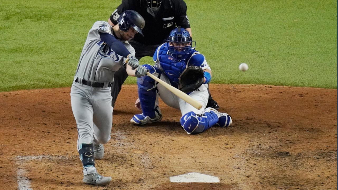 Brandon-Lowe-home-run-World-Series-2020-Game-2.png