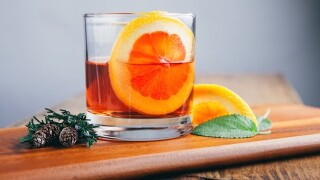 What makes the perfect Christmas cocktail?