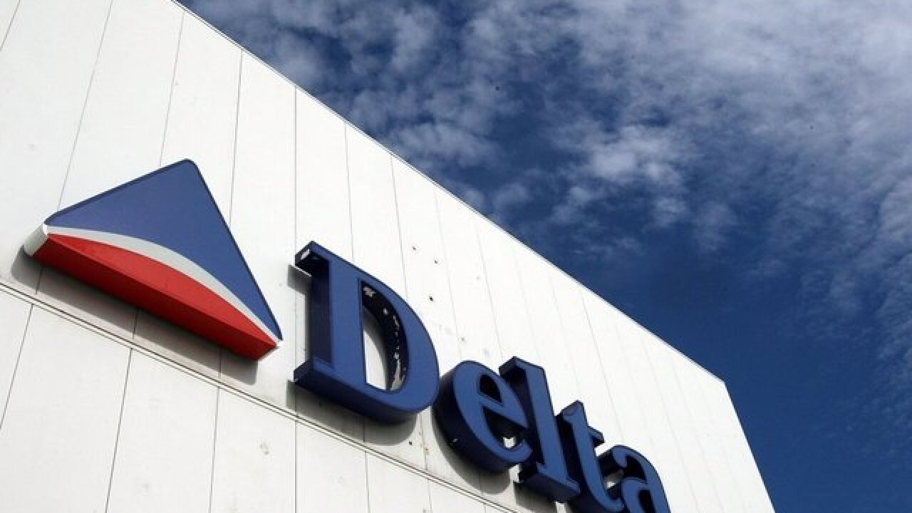 Delta raises fees for checked bags