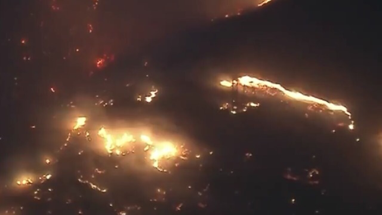 Wildfire erupts in Southern California