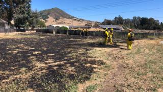 Grass fire breaks out next to San Luis Obispo school