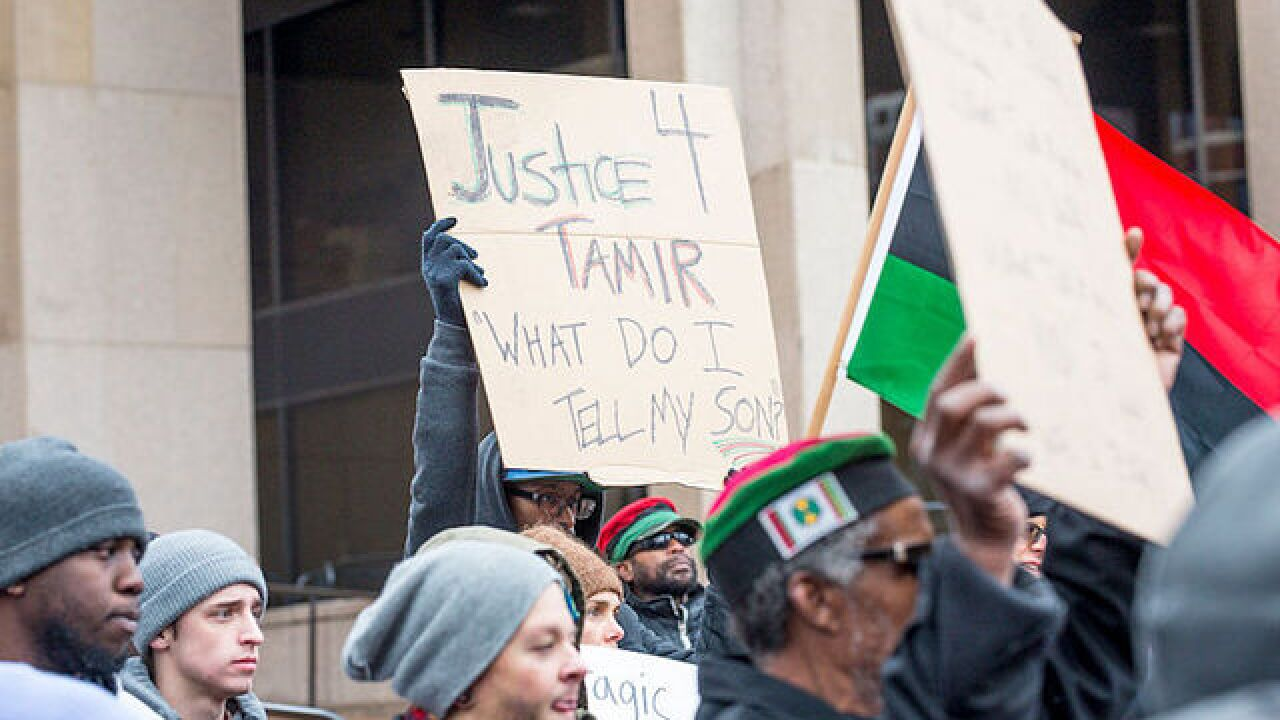 Officer who fatally shot 12-year-old Tamir Rice withdraws application to police department in Ohio