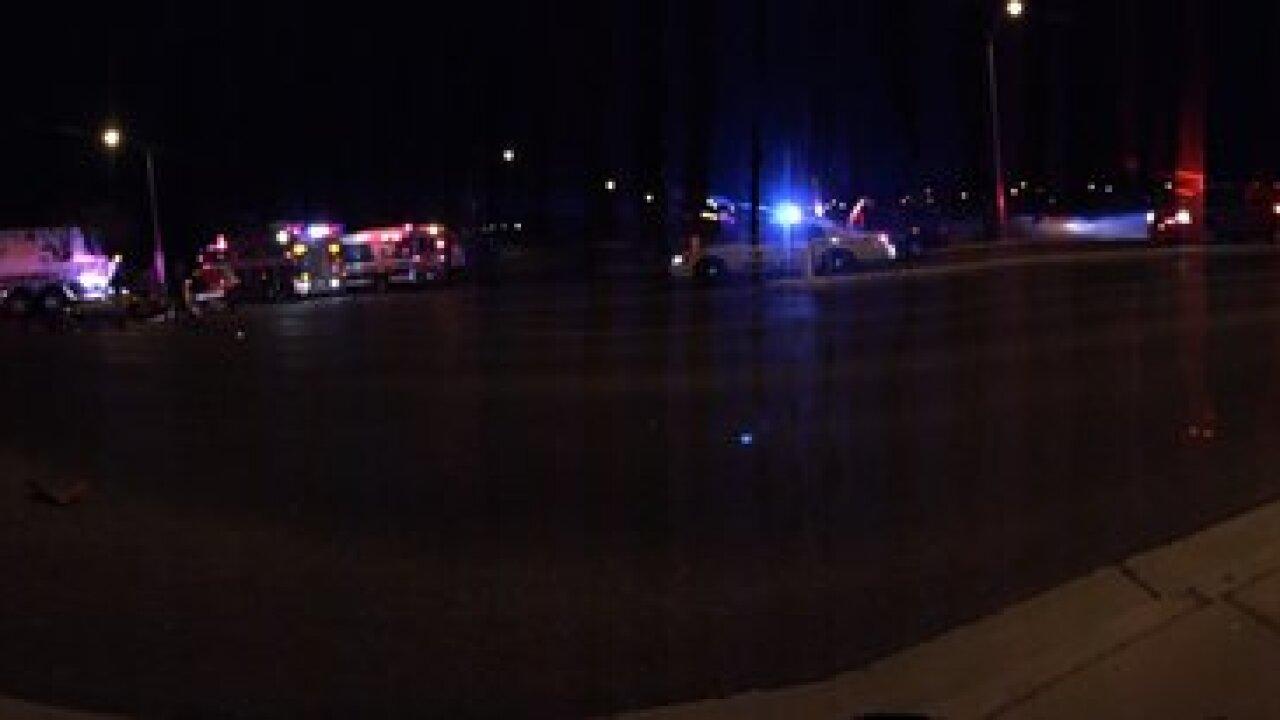 3 hurt in North Las Vegas crash