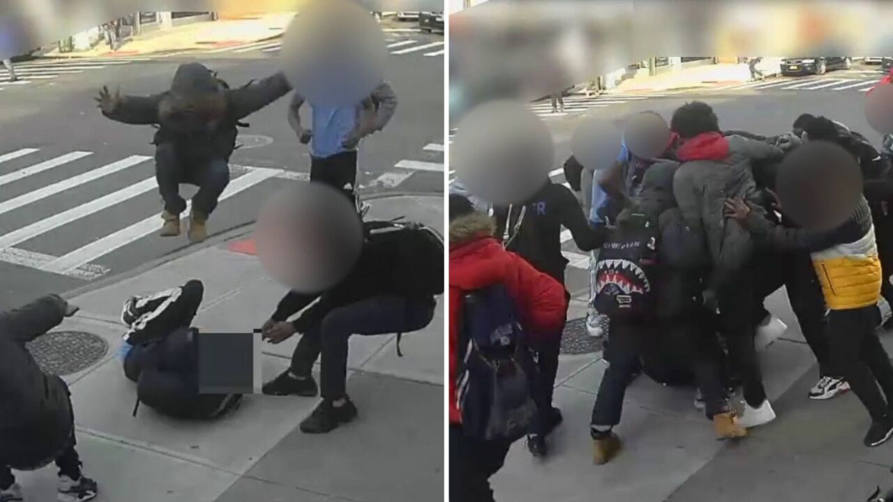 Group of teens viciously attack, rob 15-year-old girl in Brooklyn: Police