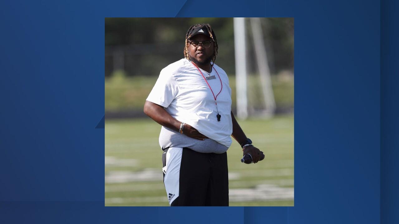 Coach Chris Burnett.jpg
