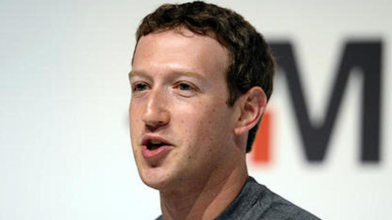 Facebook CEO Zuckerberg meets with conservatives