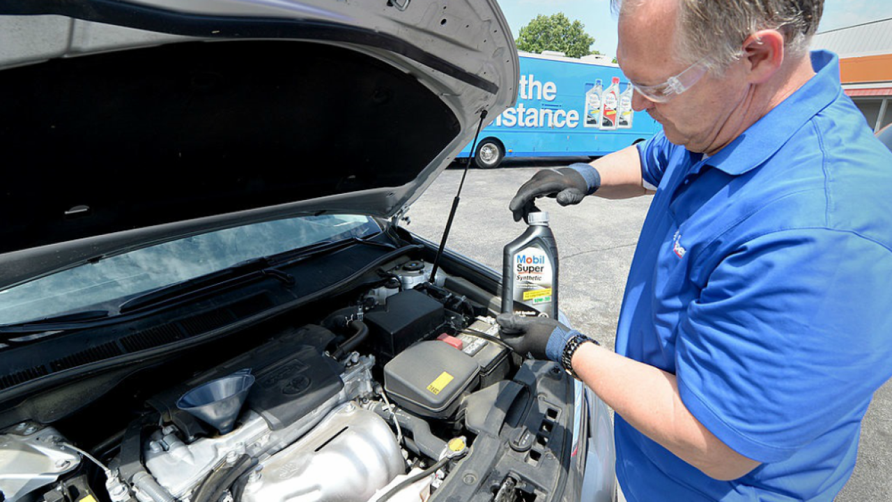 Discount Oil Change >> Receive A Free Oil Change Or Car Repair Discount By Donating School