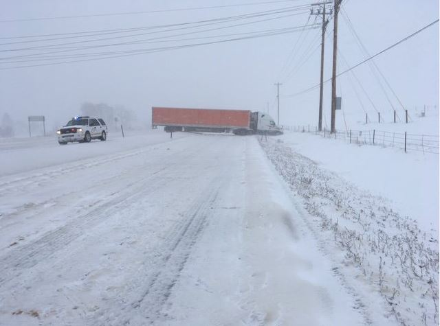 Highway 85 jack knifed semi by DC Sheriff at 1215p.JPG