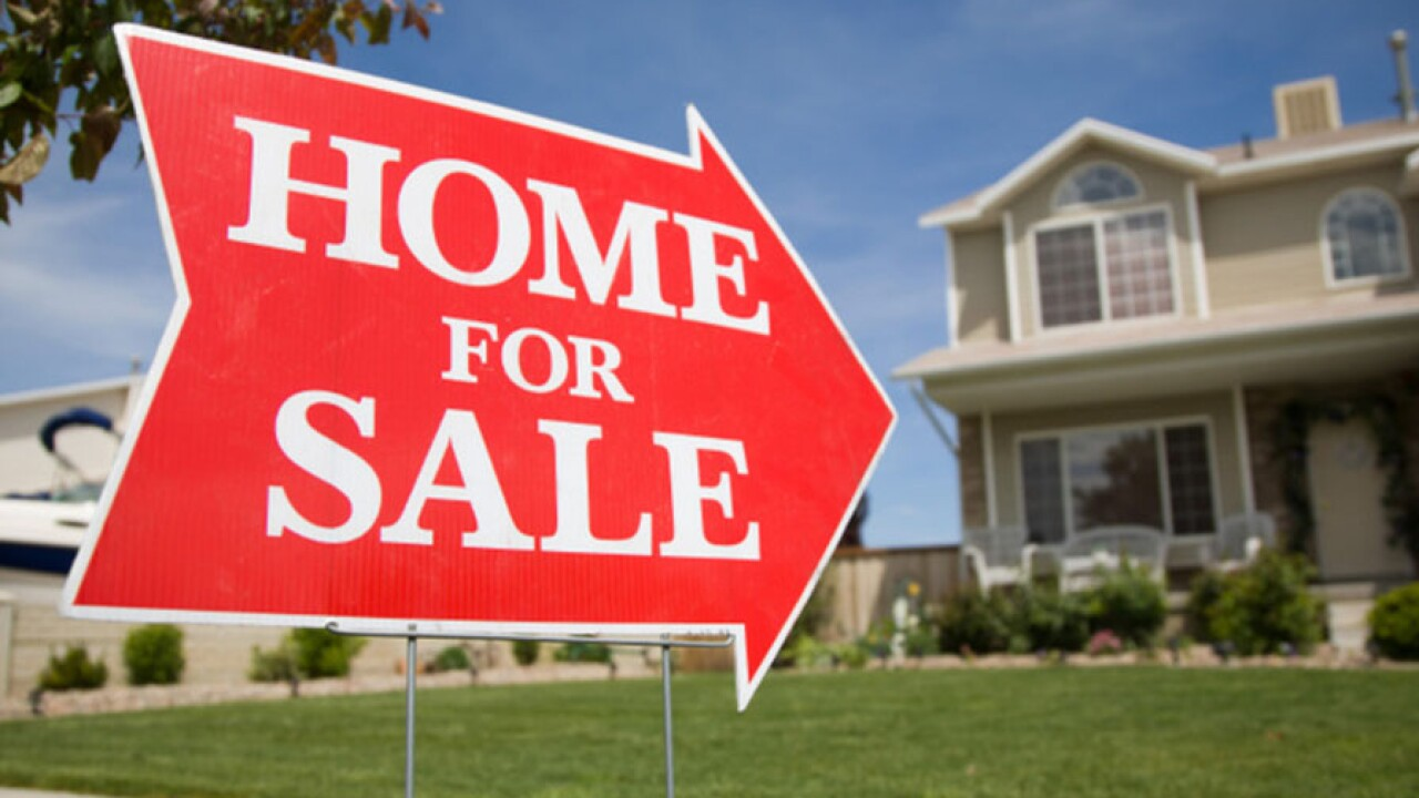 home_for_sale_sign_900.jpg