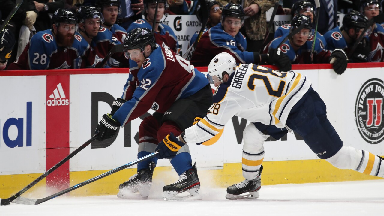 Sabres fall to Avalanche, 3-2