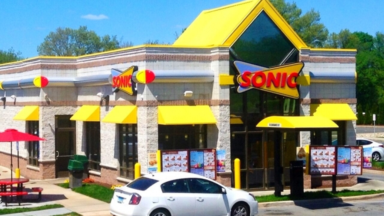Video shows tornado rip through Sonic Drive-In in Louisiana