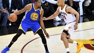 Former UA hoops star Richard Jefferson retires from NBA