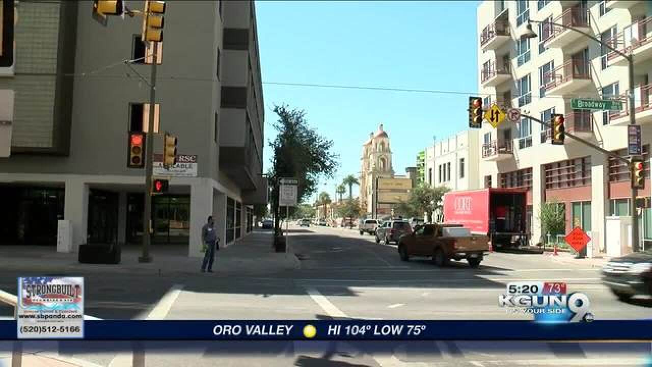 Tucson tests three-second red lights