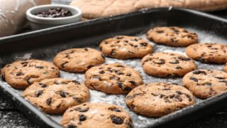 DoubleTree Just Released Their Famous Chocolate Chip Cookie Recipe So You Can Make Them At Home