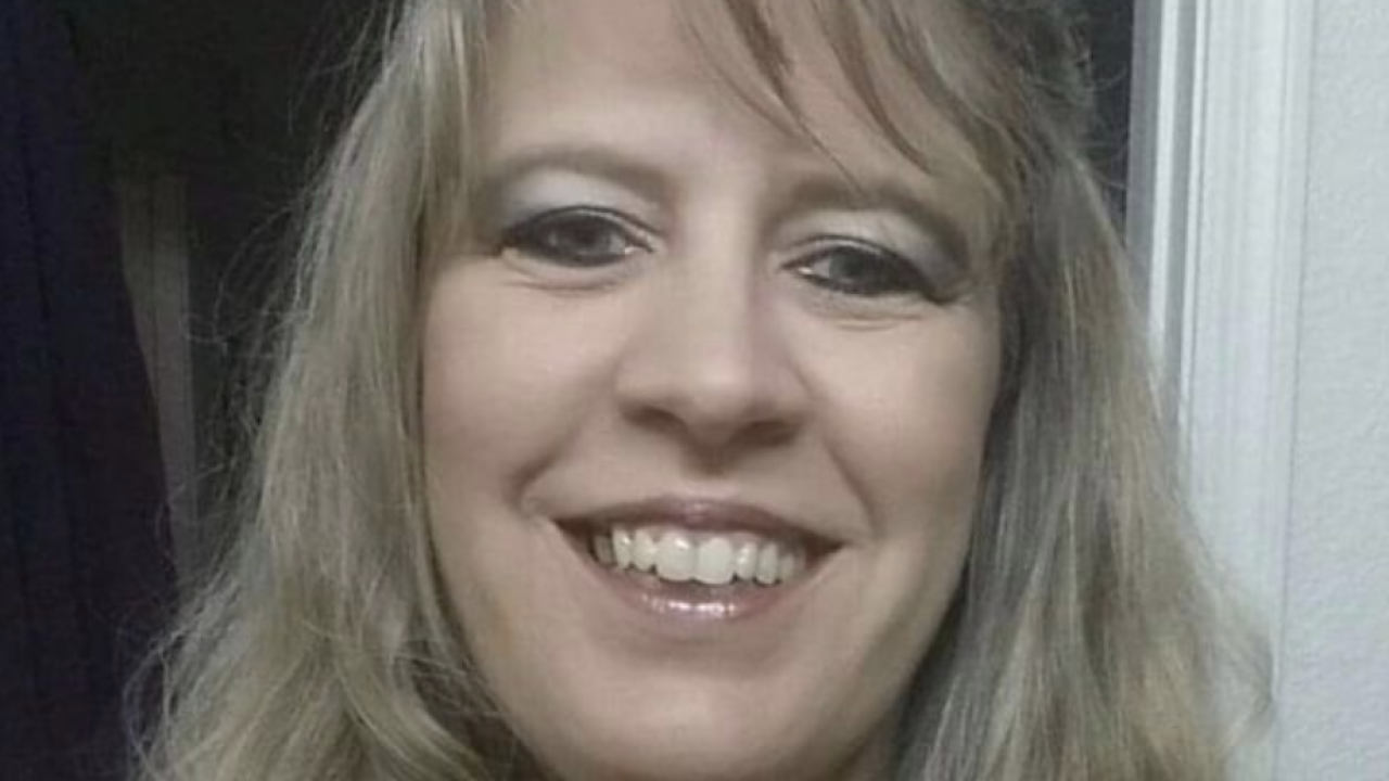Arizona woman with 'mystery illness' dies after being diagnosed with rare brain disease