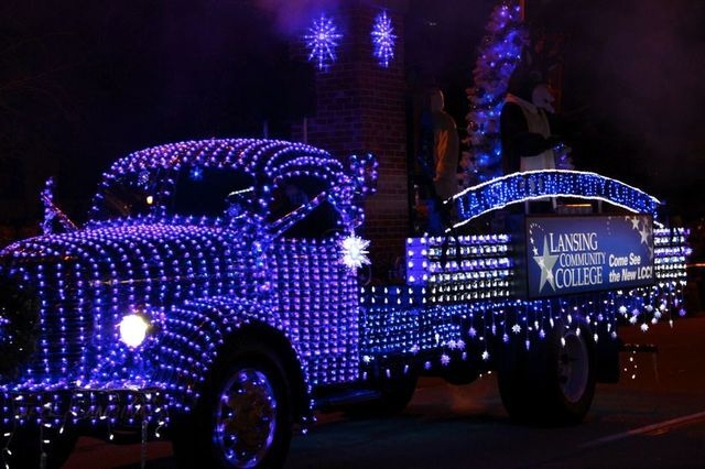2017 Silver Bells Electric Light Parade