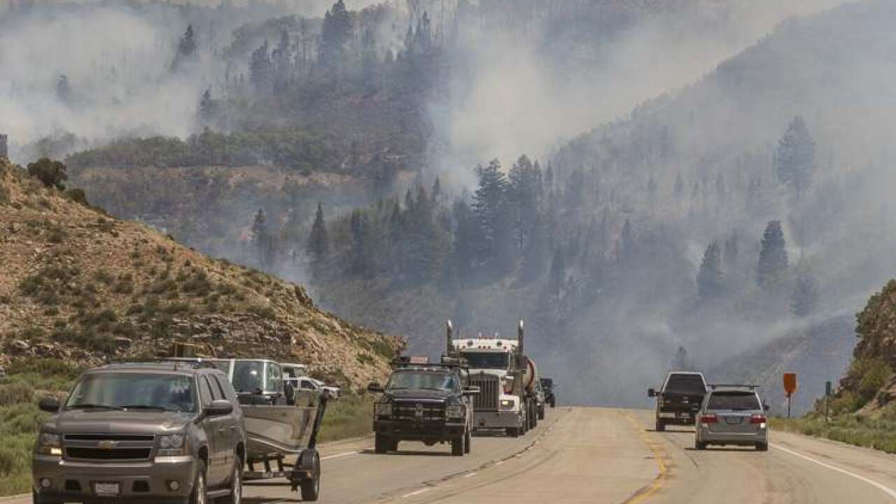 Dollar Ridge Fire burns 52,068 acres, blaze 35% contained