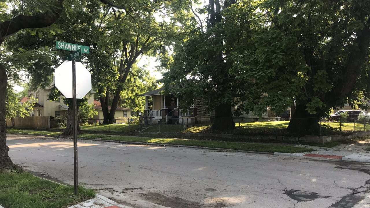 Pregnant woman, and 2-year-old shot in KCK