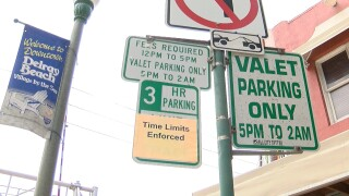 Delray Beach valet parking sign