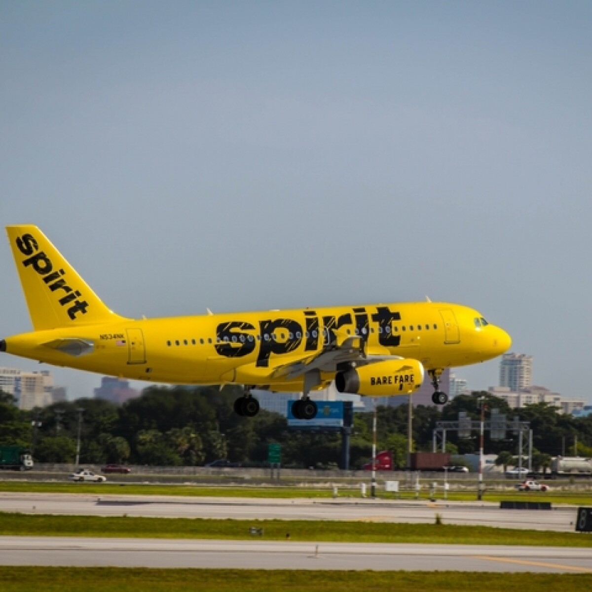 parts of spirit plane found in metro detroit yards after dtw takeoff