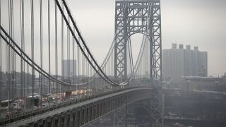 George Washington Bridge reopens after bomb squad investigates suspicious package